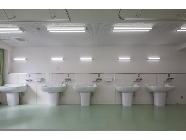 松山看護専門学校増改築工事